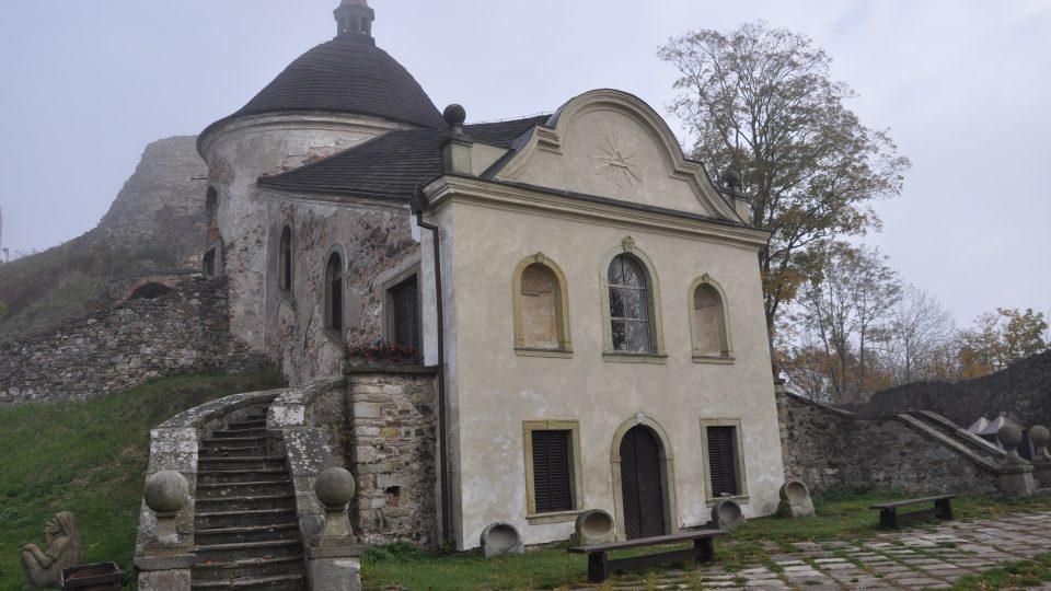 Kaple na potštejnském hradě