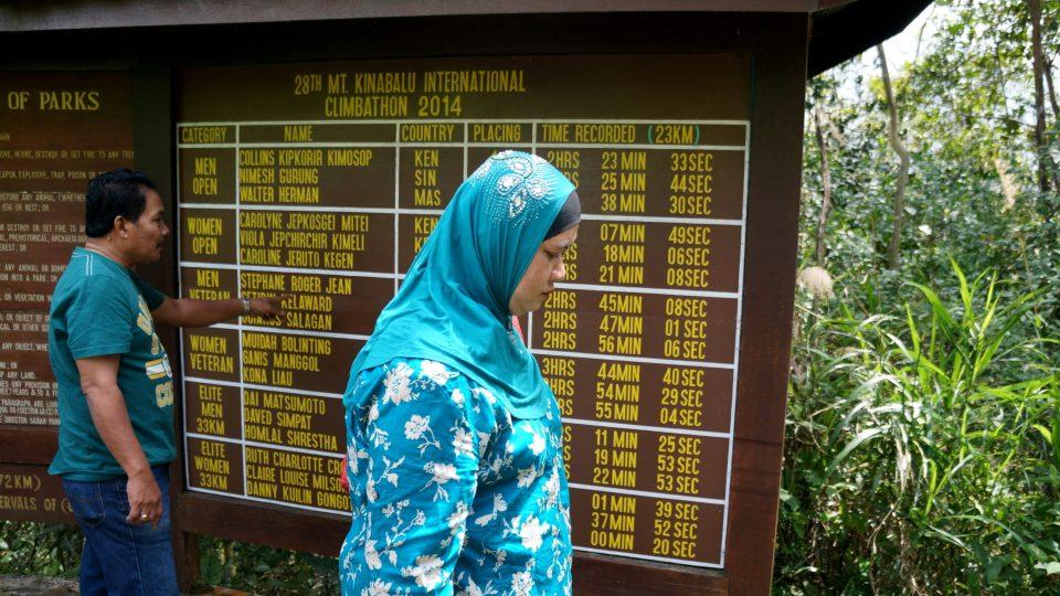 I když se park na první pohled hemží lidmi, ve skutečnosti se na 95 % Kinabalu lidé vůbec nedostanou