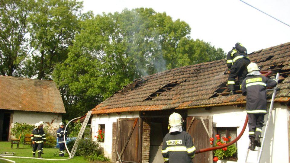 Požár garáže Roveňsko
