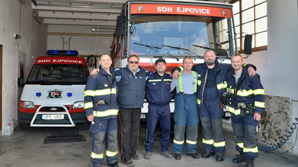 """Heslem ejpovických hasičů je """"Práci zdar, ohni zmar!"""""""