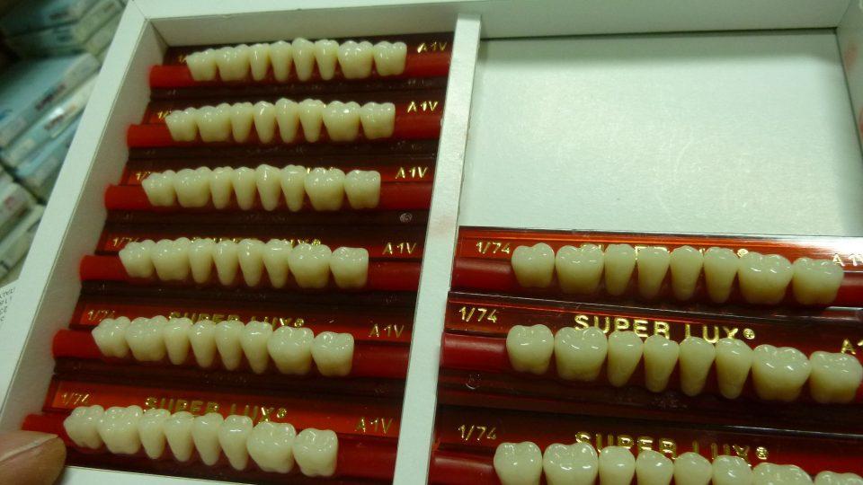 Zubní korunky jsou umělecká díla
