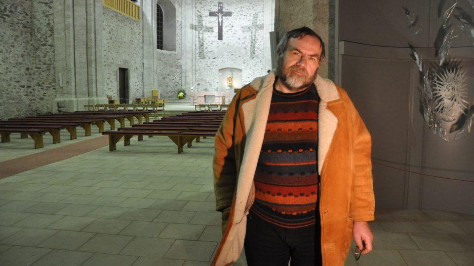 Farář Josef Suchár