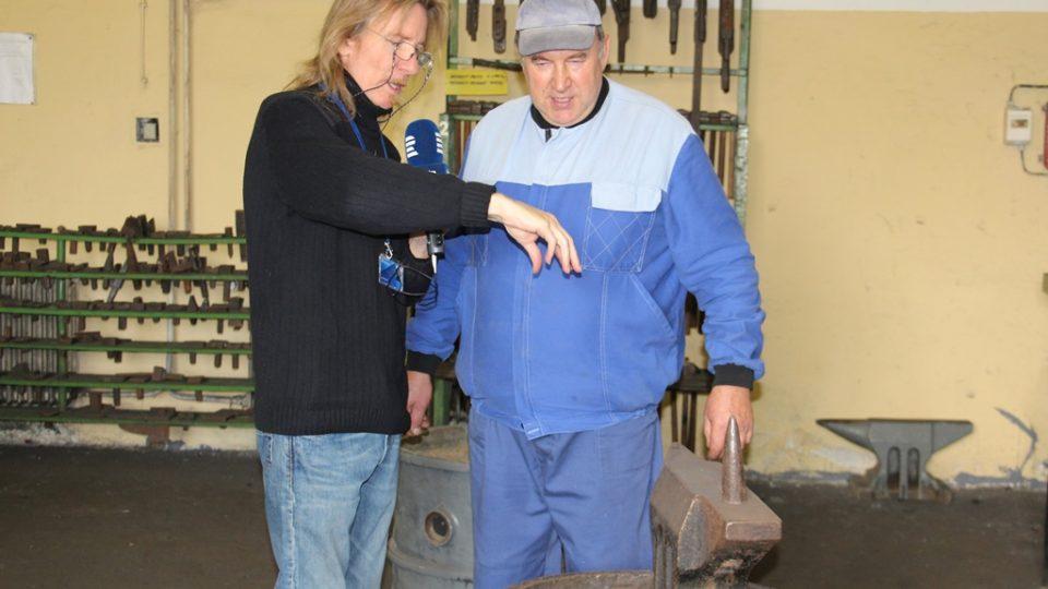 Kovářský mistr školy v Hněvkovicích Jaroslav Losos