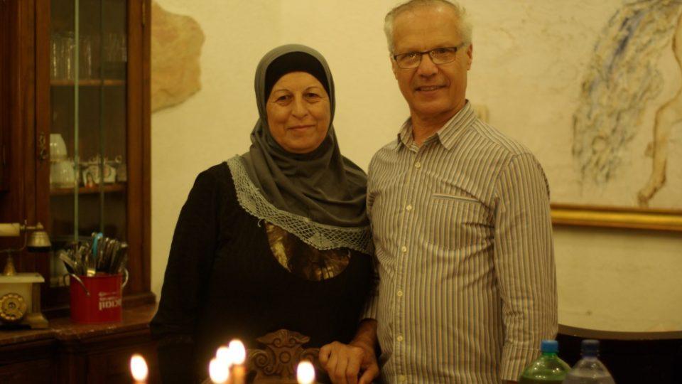 Alija a Mahmúd Disúkí jsou osvícený palestinský pár z Jaffy