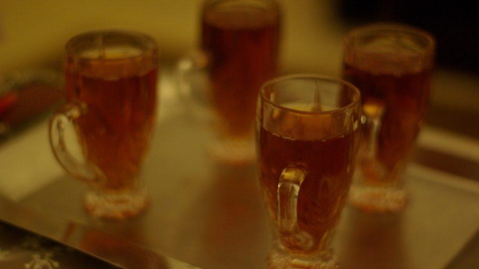 Arabské jídlo končí čajem nebo kávou