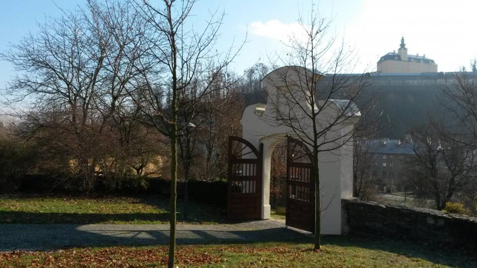 Areál hřbitova