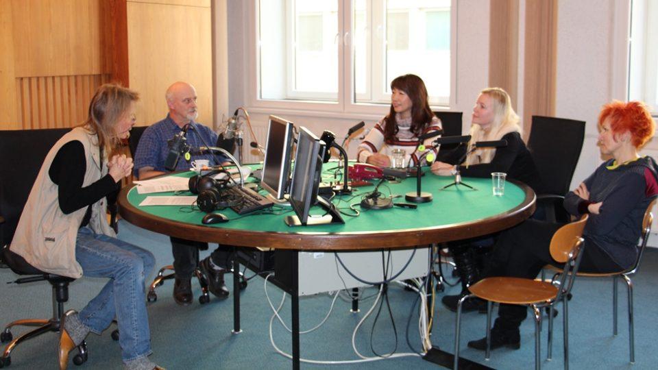 V pořadu Vltavín zazněla živě barokní koleda Chtíc, aby spal
