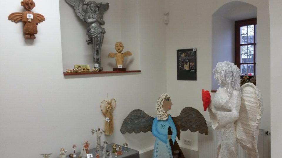 Výstava andělů v muzeu v Kladrubech na Tachovsku