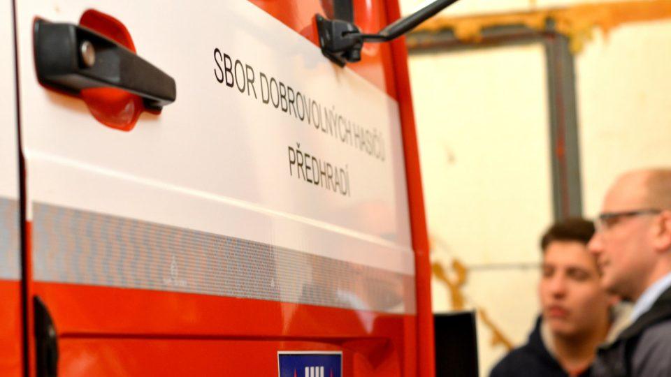 Zásahový vůz hasičů z Přehradí