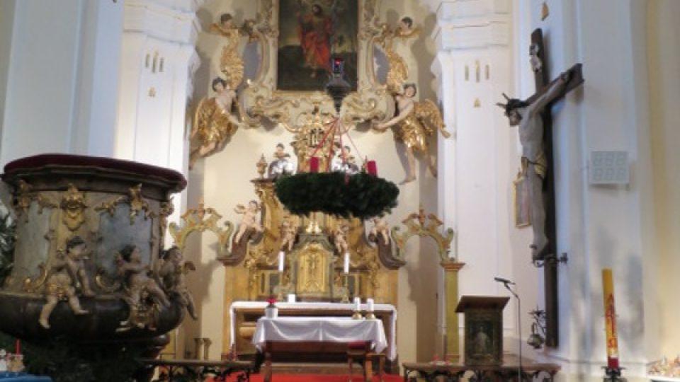 Oltář v kostele sv. Matěje