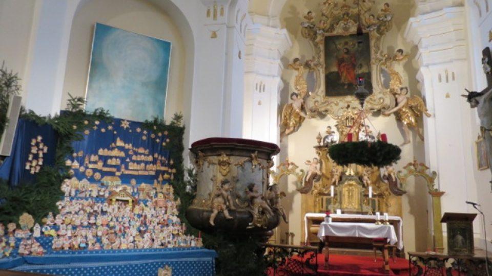 Perníkový betlém v kostele sv. Matěje
