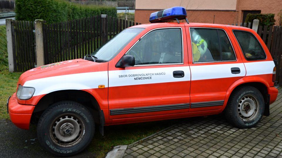 V inventáři mají hasičský i  automobil Kia - Sportage