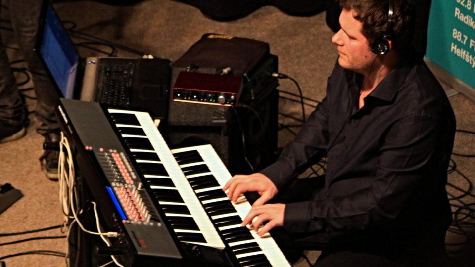 Peter Lipa ml. na klávesy