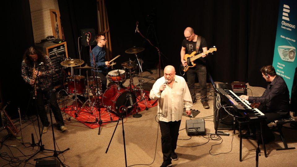 Peter Lipa a kapela