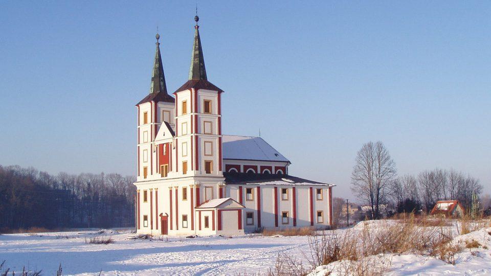 Kostel sv. Markéty v Podlažicích stojí na místě někdejšího kláštera