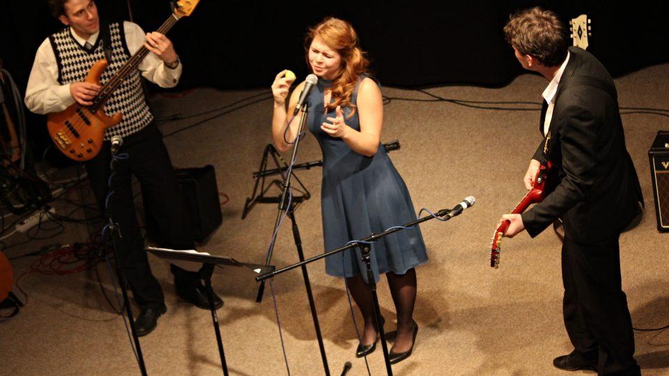 Trio P.E.S.