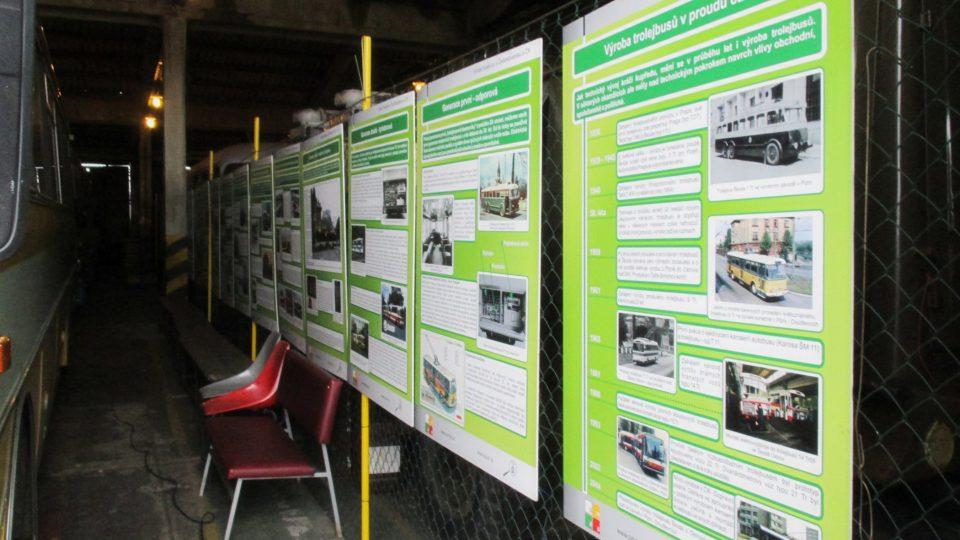 Historií trolejbusové dopravy vás provedou infopanely