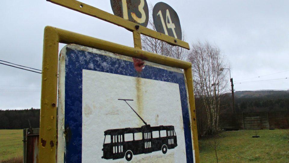 Trolejbus do nové CHKO nejede, ale Brdy jsou nadohled