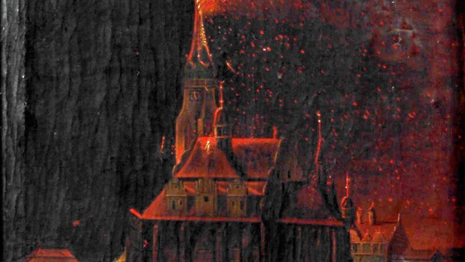 Nejznámější plzeňský požár vypukl 6. února 1835, když v noci udeřil ojedinělý blesk do věže kostela sv. Bartoloměje. Věž zcela vyhořela a jen díky obětavosti měšťanů a vojáků zdejšího pěšího pluku se podařilo zabránit rozšíření ohně i na kostel