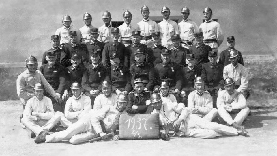 Stará kronika sboru se sice ztratila, některé historické fotografie ale mají hasiči dodnes