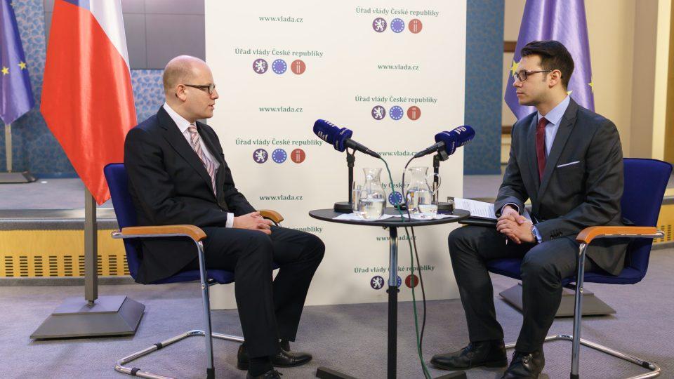Bohuslav Sobotka a moderátor Michael Rozsypal v Interview Plus