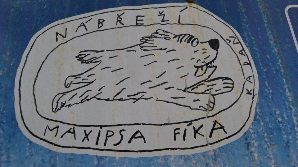 Nábřeží Maxipsa Fíka