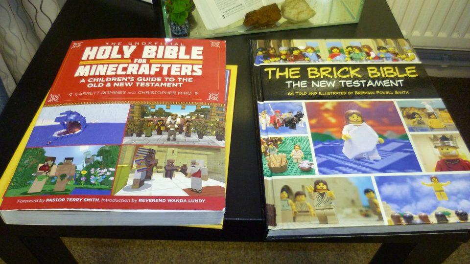 Komiksové bible s motivy Lega a populární hry Minecraft