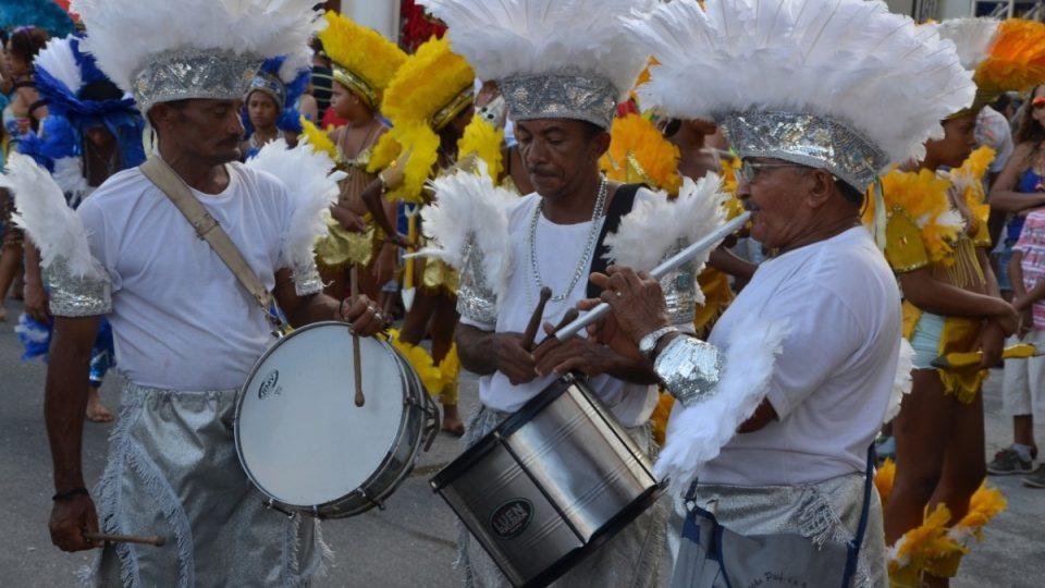 Indiánská kapela na karnevalu