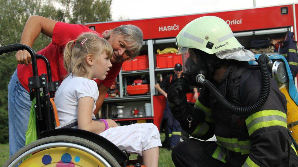 Jablonští hasiči na charitativní akci v roce 2014
