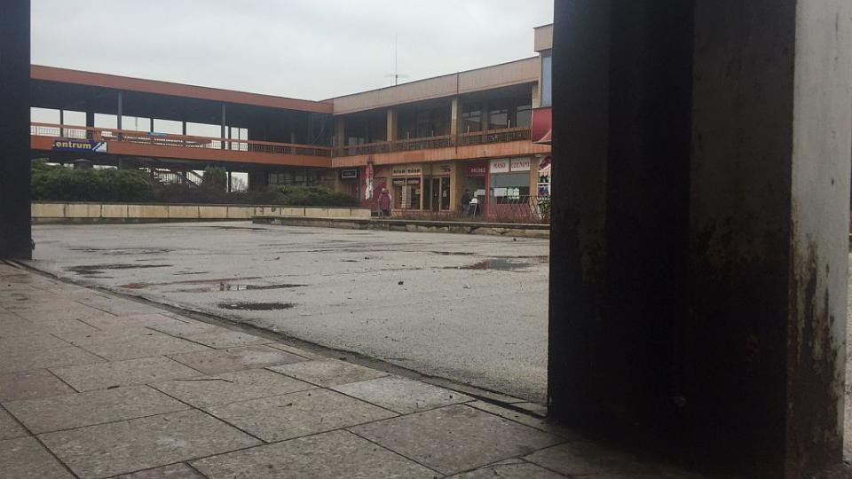 Zrezlá konstrukce a prázdné obchodní prostory. To je areál Hvězda v Hradci Králové. Dočká se oprav?