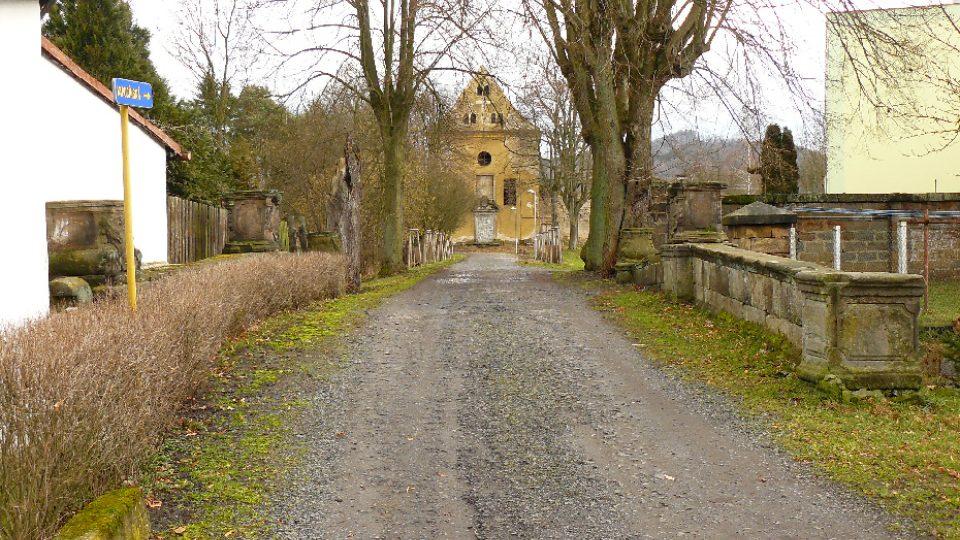 Barokní most ke kapucínskému kláštěru v Zákupech