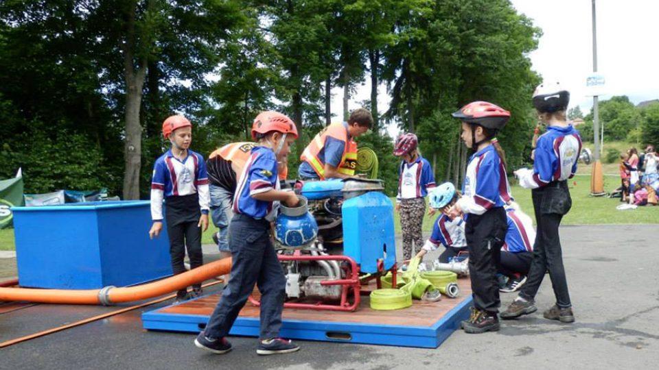 SDH Přívrat si v současné době vychovává 21 malých hasičů