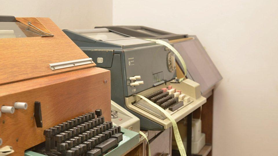 Dálnopisy později nahradily faxy