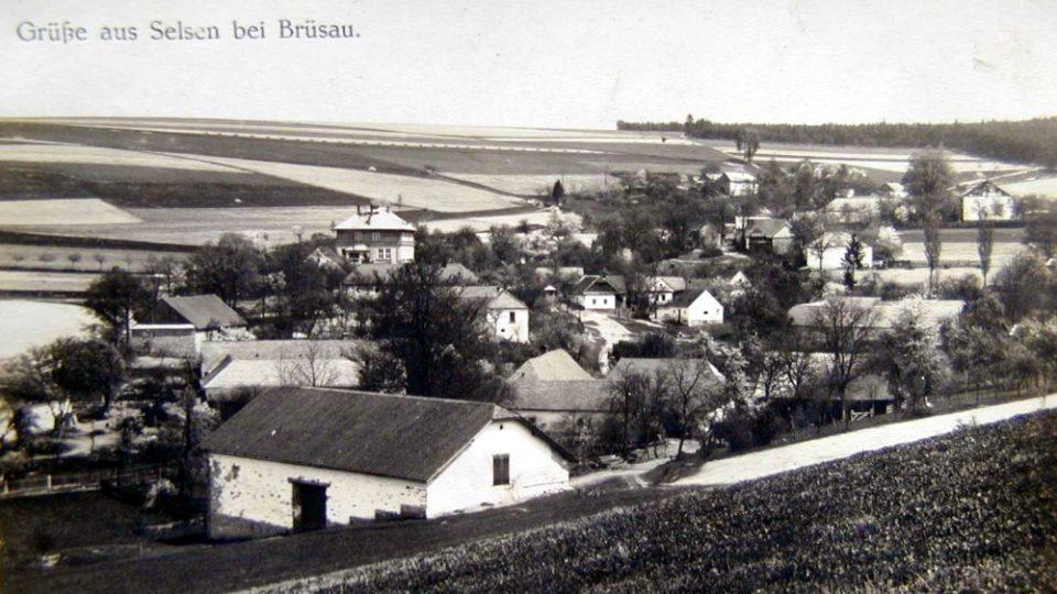 Pohled na Želivsko, historická fotografie z roku 1932 Foto archiv Obec Želivsko.jpg