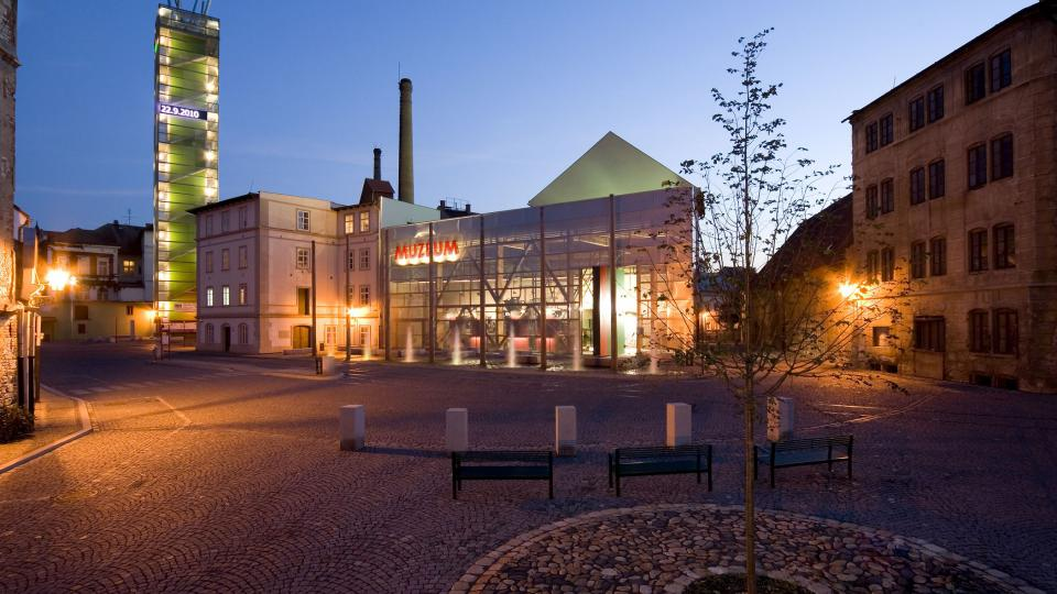 Žatec, Chmelařské muzeum a CHCHP, pohled od severovýchodu, 2010