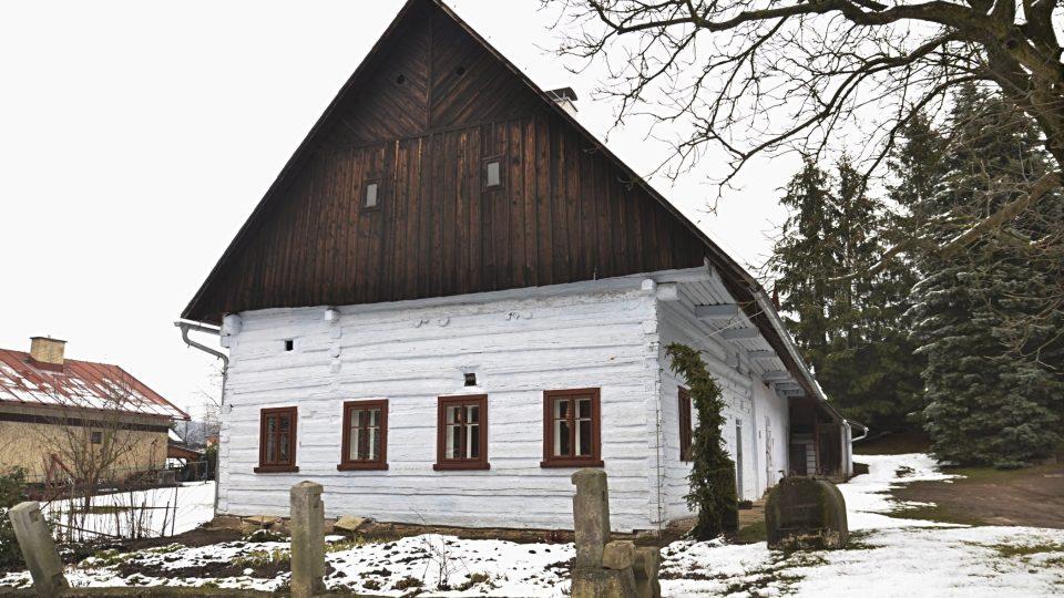 Roubená stavba z roku 1547, Rtyně v Podkrkonoší