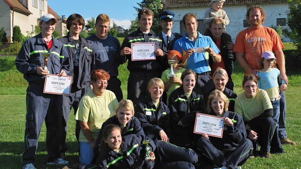 Radost družstev po soutěž, Tisová 2009