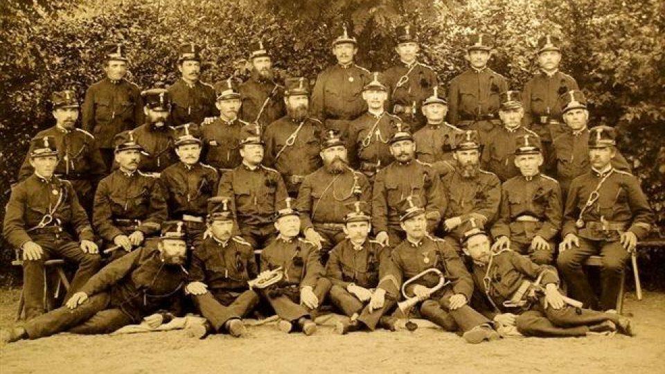 Sbor dobrovolných hasičů byl v Dašicích založený v roce 1877