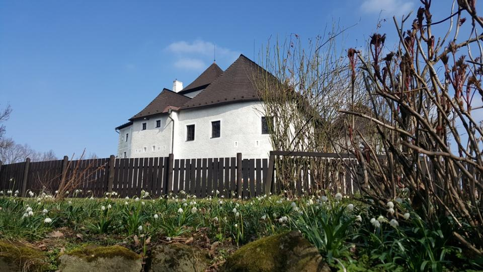 Velikonočně vyzdobená prohlídková trasa na hradě v Nových Hradech