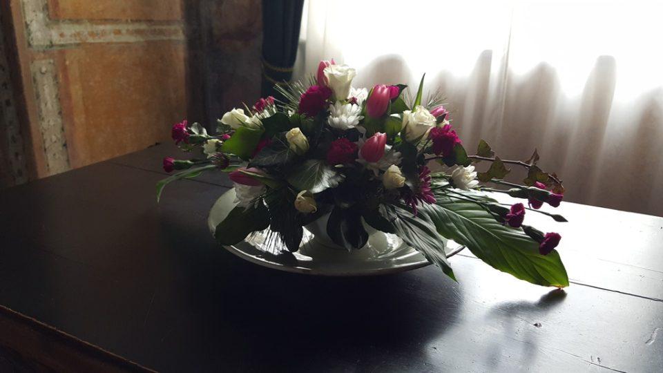 Květinová aranžmá na zámku v Jindřichově Hradci