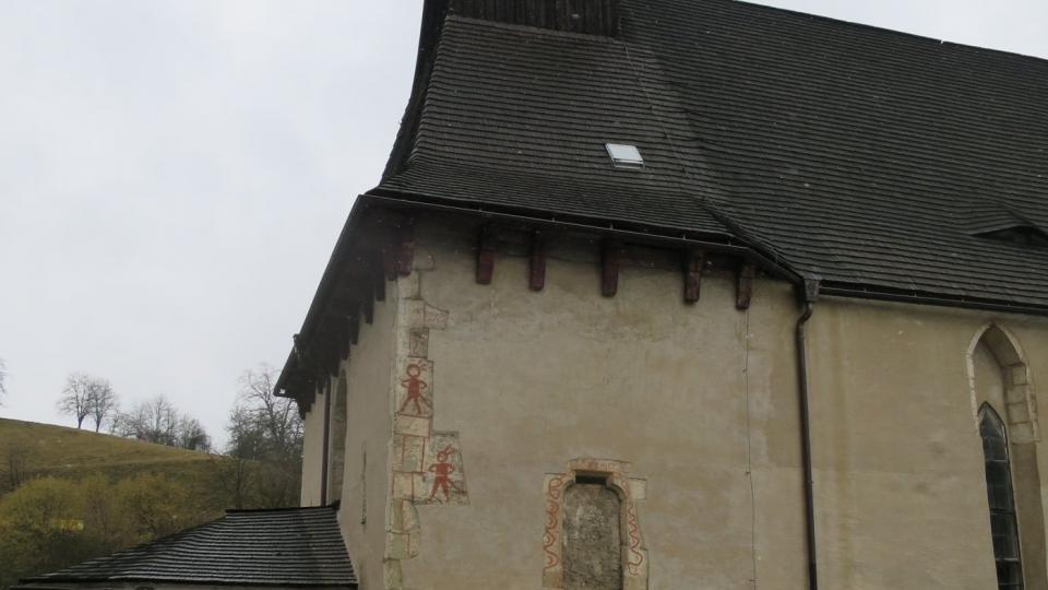 Jižní zeď kostela