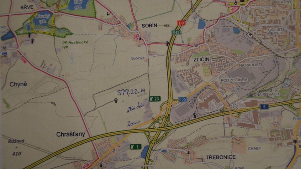 Tečka vedle vysílače, to je nejvyšší místo Prahy Teleček