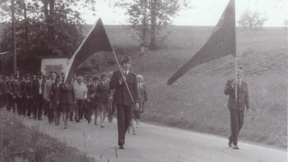 SDH Horní Kalná - průvod k výročí 100 let SDH