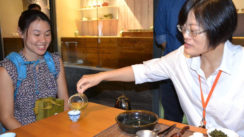 Klasické čajové obřady dnes už většina Tchajwanců nedodržuje. Příprava i konzumace tohoto nápoje tu přesto mají svoje pravidla a zvyky