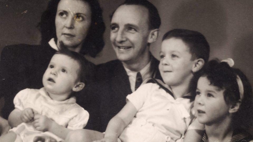 Rodina Weiszova po válce