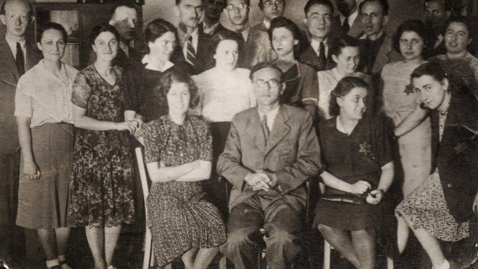 Učitelé ze školy pro židovské děti v Jáchymově ulici