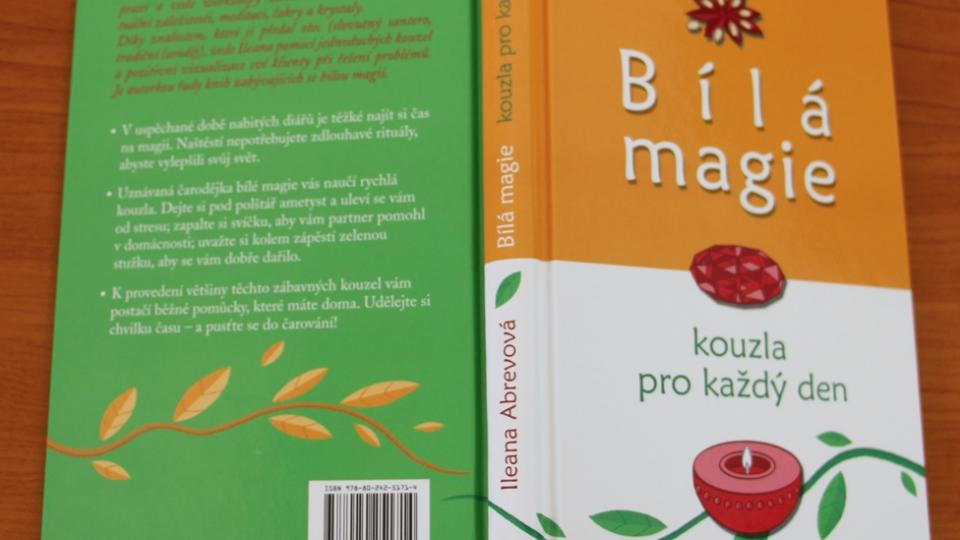 Kniha Bílá magie Ileany Abrevové, kterou vydal Knižní klub