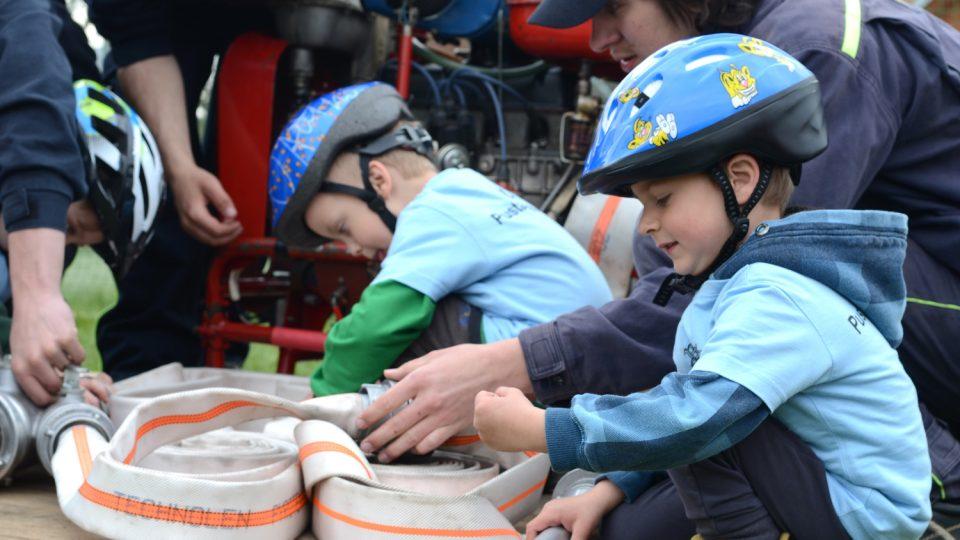 S motáním hadic děti začínají už v hasičské přípravce