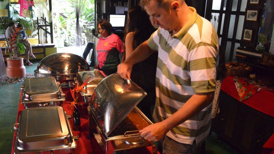 Mužská část kuchařského dua, Radomír Smrčka, který pracuje v Sao Paulu v hotelnictví