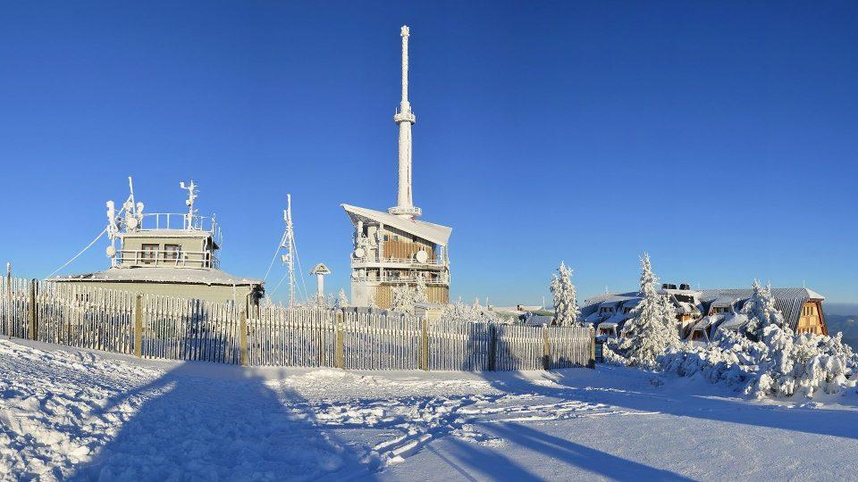 Vysílač Lysá hora v zimě